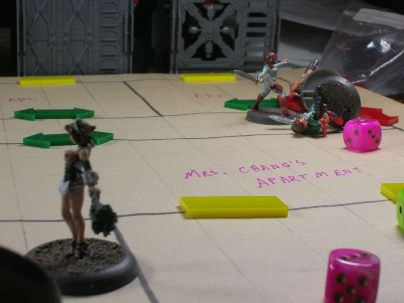 Using her ninja Cyndee attributes, Nina charged gangers at the other end of the hall.