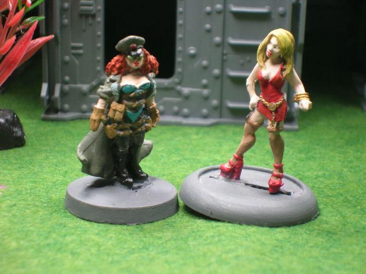 Pearl & Jennifer - Figures by Foundry & Reaper