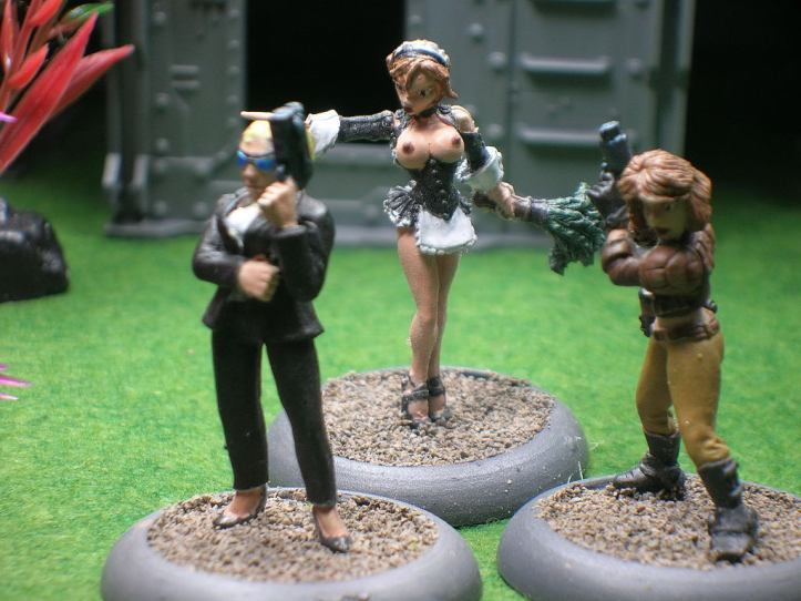 Reaper Chronoscope Miniatures: Kelly, Corp. Assassin; Brigitte, Naughty Maid; Jessica Blaze, Smuggler
