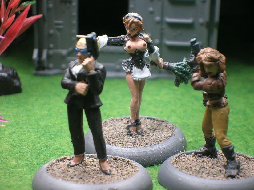 Reaper Chronoscope Miniatures: Kelly, Corp. Assassin; Brigitte, Naughty Maid; Jessica Blaze, Smuggler